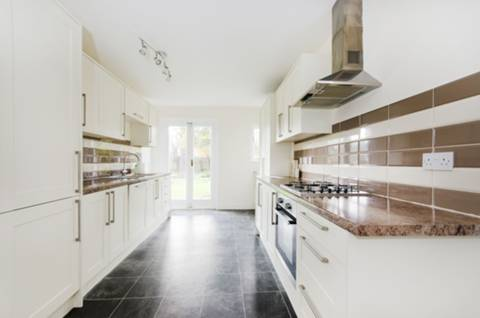 View full details for Inglis Road, Ealing, W5