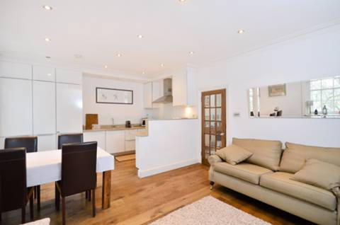 View full details for Gloucester Gardens, Bayswater, W2