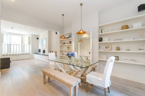 View full details for Fernshaw Road, Chelsea, SW10