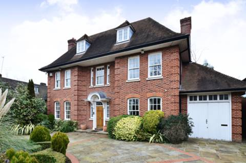 View full details for Holne Chase, Hampstead Garden Suburb, N2