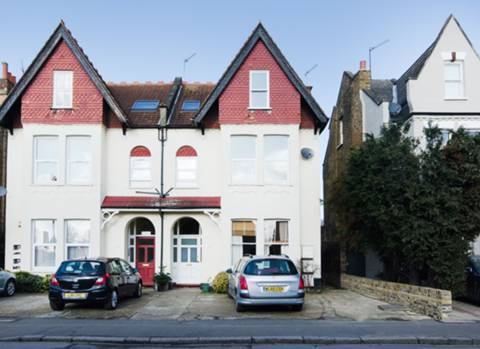 View full details for Warwick Road, Ealing Broadway, W5