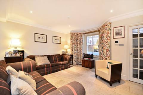 View full details for St James Street, Hammersmith, W6