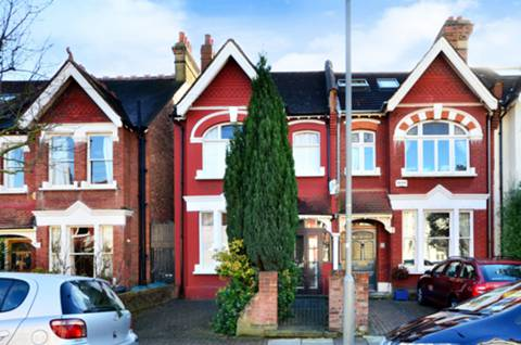 View full details for Penwortham Road, Furzedown, SW16
