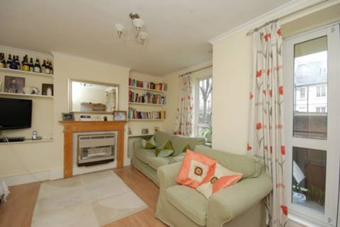 View full details for Toland Square, Roehampton, SW15