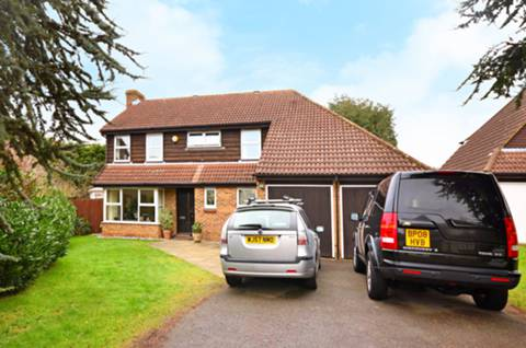 View full details for Caledon Place, Burpham, GU4