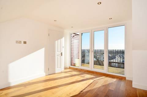 View full details for Castlewood Road, Stamford Hill, N16