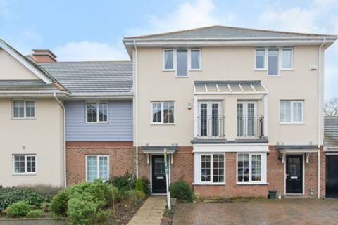 View full details for Flowers Avenue, Eastcote, HA4