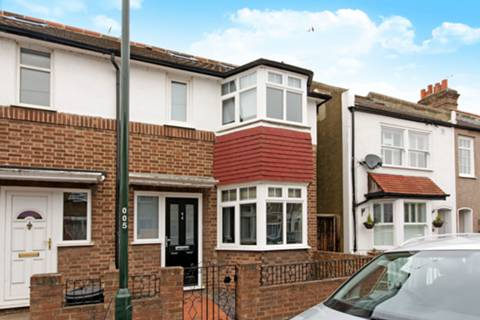 View full details for Gould Road, Twickenham, TW2