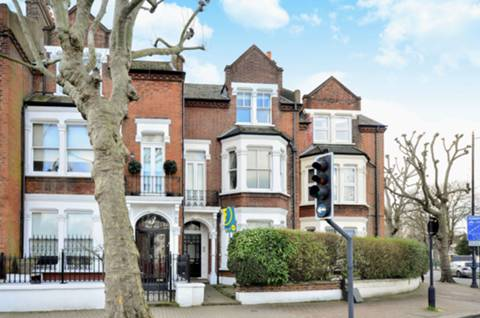 View full details for Wandsworth Common West Side, Wandsworth, SW18