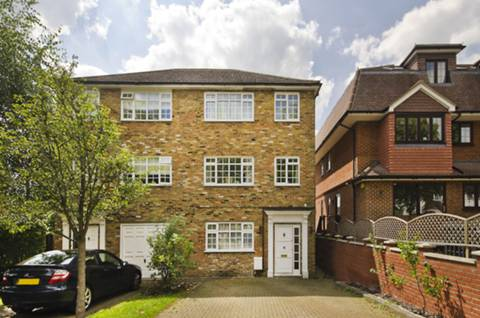 View full details for The Avenue, Hatch End, HA5
