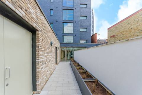 View full details for Amberley Waterfront, Amberley Road, Little Venice, W9