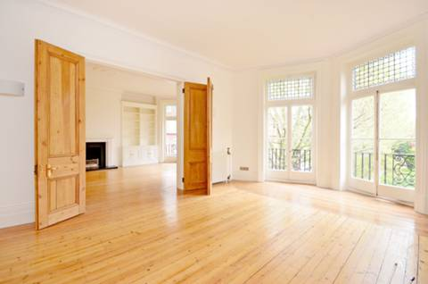 View full details for Barkston Gardens, Earls Court, SW5