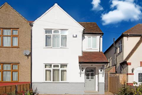 View full details for Chatsworth Crescent, Hounslow, TW3