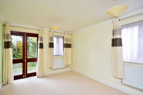 View full details for Danebury Avenue, Roehampton, SW15
