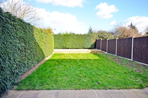 View full details for Litchfield Road, Cricklewood, NW2