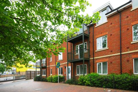 View full details for Glebe Road, Finchley Central, N3