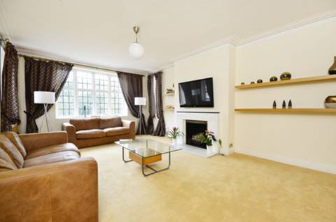 View full details for Wildcroft Road, Putney Heath, SW15