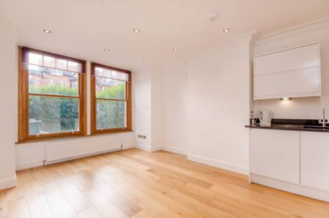 View full details for Heathville Road, Stroud Green, N19