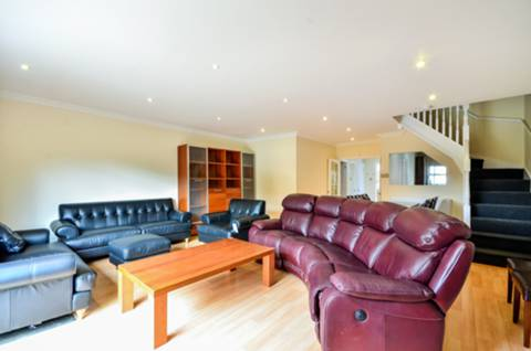 View full details for Wycliffe Road, Shaftesbury Estate, SW11