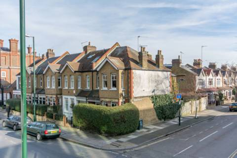 View full details for Station Road, Teddington, TW11