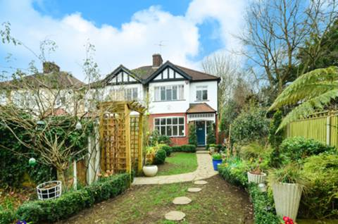 View full details for Coombe Corner, Winchmore Hill, N21