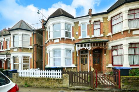 View full details for Osborne Road, Palmers Green, N13