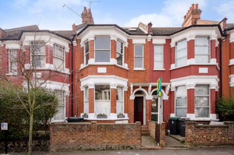 View full details for Rathcoole Avenue, Crouch End, N8