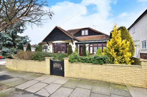 View full details for Ellerman Avenue, Twickenham, TW2
