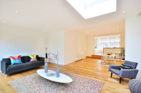 View full details for Eatonville Road, Balham, SW17