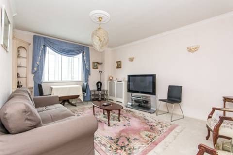 View full details for Latymer Court, Hammersmith, W6