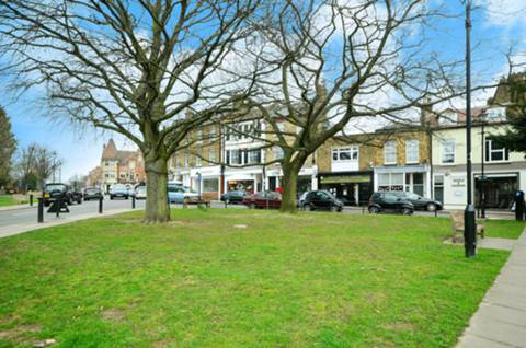 View full details for The Green, Winchmore Hill, N21