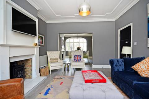 View full details for Finchley Road, Hampstead, NW3