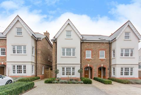 View full details for Drury Close, Putney, SW15