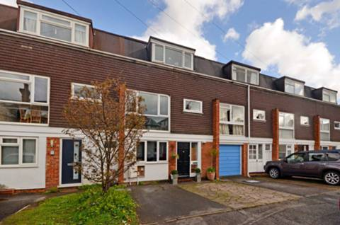 View full details for Church Court, Foxenden Road, Guildford, GU1
