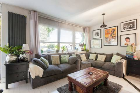View full details for Gaywood Close, Tulse Hill, SW2
