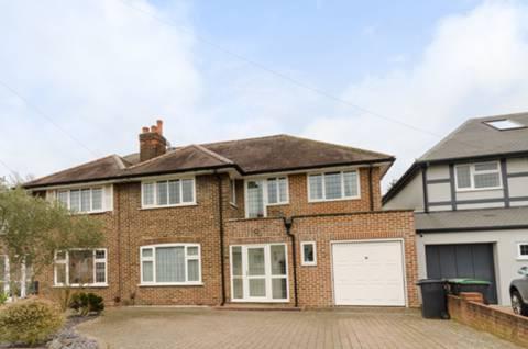 View full details for Derwent Avenue, Kingston Vale, SW15
