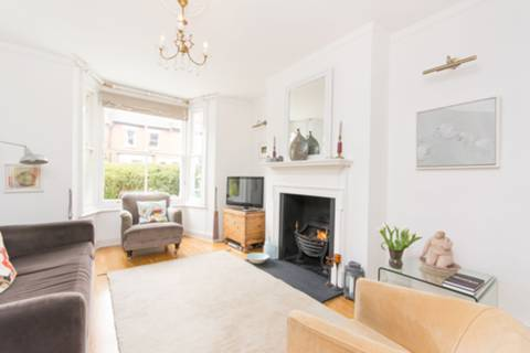 View full details for Ravenshaw Street, West Hampstead, NW6
