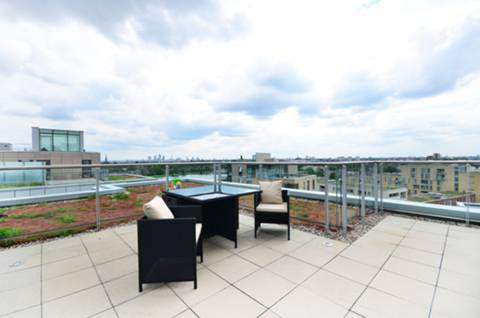 View full details for Woodberry Grove, Hackney, N4