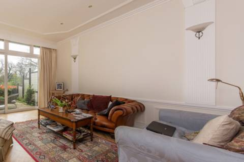 View full details for Mallard Place, Twickenham, Middlesex, Strawberry Hill, TW1
