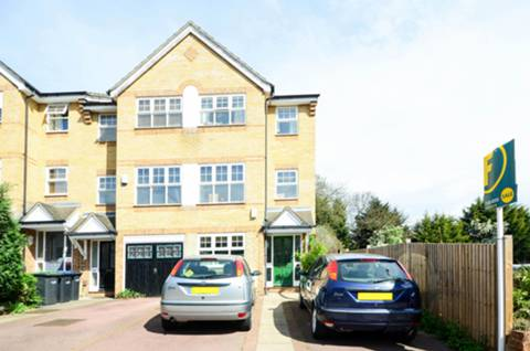 View full details for Vicars Moor Lane, Winchmore Hill, N21