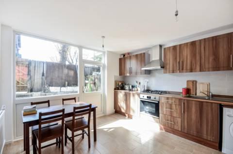 View full details for Heaton Road, Peckham Rye, SE15