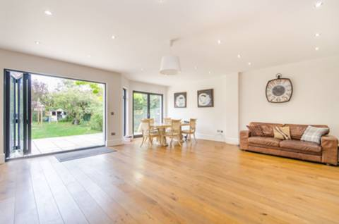 View full details for Mount Pleasant Road, Brondesbury, NW10