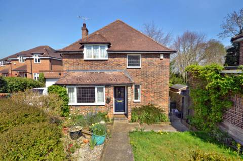 View full details for High View Road, Guildford, GU2