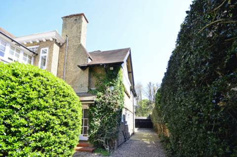 View full details for Nepean Street, Roehampton, SW15
