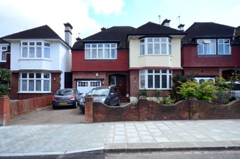 View full details for Hoadly Road, Streatham Hill, SW16