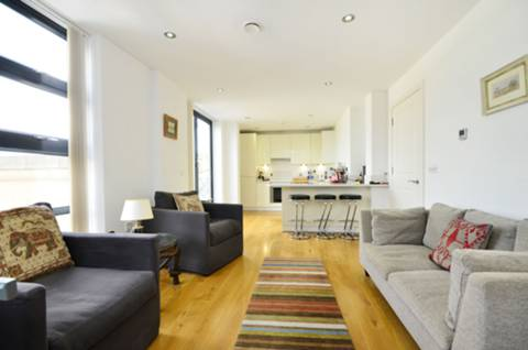View full details for Magdalen Road, Earlsfield, SW18