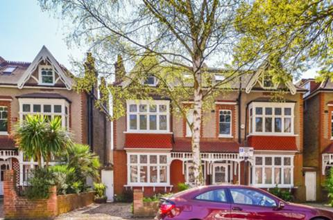 View full details for Grosvenor Road, Chiswick, W4