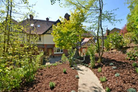 View full details for Guildown Road, Guildford, GU2