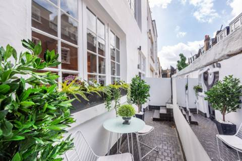 View full details for Bryanston Mews East, Marylebone, W1H