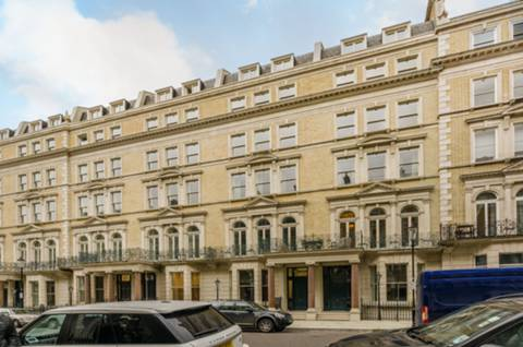 View full details for De Vere Gardens, High Street Kensington, W8